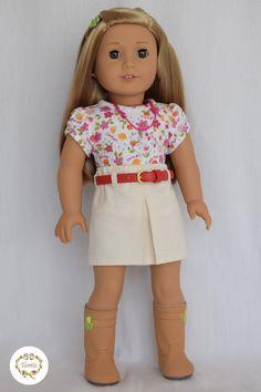 Vêtements de poupée American girl « Tee & jupe avec une ceinture » (3 pièces)