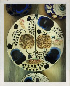 Birger Kaipiainen ceramics. Glass Ceramic, Ceramic Plates, Porcelain Ceramics, Ceramic Pottery, Modern Ceramics, Contemporary Ceramics, Artistic Photography, Art Photography, Pottery Courses