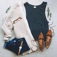 Fall Outfits To Get An Excellent Look This Year 31 Simple But Stylish Women With Jeans Vest And Jacket Outfit Ideas Mode Outfits, Casual Outfits, Fashion Outfits, Womens Fashion, Fashion Trends, Casual Wear, Fashion Ideas, Semi Casual Outfit Women, Latest Fashion
