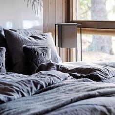 Finn roen i Hedda-hytta Photo And Video, Bedrooms, Instagram, Home, Design, House, Bedroom, Homes, Design Comics