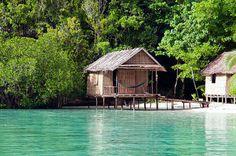 Kordiris Homestay - Raja Ampat - Indonesia   Wonderful bungalow at the incredible ocean in Raja Ampat.