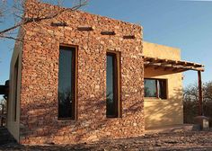 Pueblo House, New Mexico Style, Southwestern Home, Adobe House, Desert Homes, Unusual Homes, Small Buildings, Home Theater Design, Stone Houses