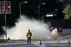 L.A.'s aging water pipes; a $1-billion dilemma - Los Angeles Times