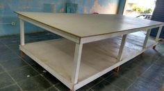 Confecção Completa, maquina de costura, mesa de corte, prateleiras