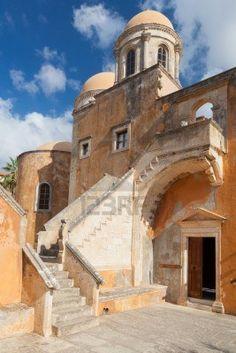 Monasterio de Agia Triada Tsangarolon en el Akrotiri. Creta. Grecia.