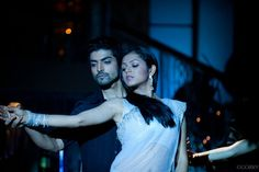 kurbaan hua..- EVEN THE ACTUAL MOVIE FOR THIS SONG COULD NOT HAVE DONE BETTER THEN THIS DANCE SEQUENCE