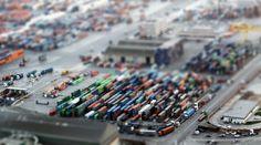 Série de photographies en mode Tilt-Shift (effet miniature). Découvrez ou redécouvrez les villes vues d'en haut, comme si elles étaient recréées en maquette. Paris