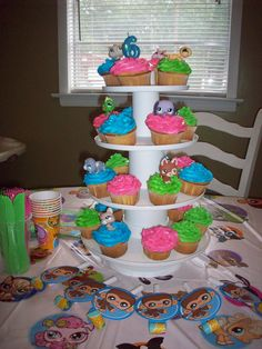 She wanted a Littlest Pet Shop party. As with her most recent parties ...