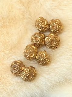 Buttons Set of 4 Cuff Links Gold Tone Floral