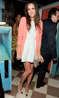 Louise Roe, Nude pumps, white dress, bright blazer