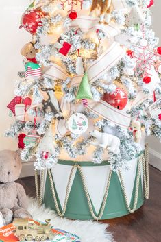 If you're looking for something a little different to put your tree in this Christmas our DIY drum tree collar is fun and festive and budget-friendly! Cosy Christmas, Christmas Time Is Here, Country Christmas, All Things Christmas, Christmas Holidays, Christmas Decorations, Holiday Decorating, Christmas Glitter, Christmas 2019