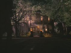 Hope Floats house at night