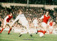 allan clarke of leeds in action at the 1972 fa cup final