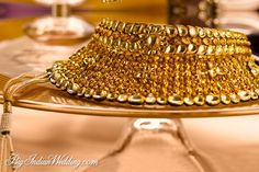 Kundan Necklace Set Designs Tanishq 2016 With Prices Bridal Jewellery Inspiration, Wedding Jewelry, Antique Jewelry, Gold Jewelry, Antique Gold, Gold Bridal Showers, Discount Jewelry, Touch Of Gold, Jewelry Photography