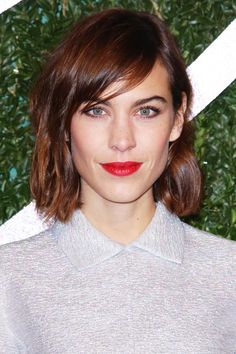 Alexa Chung Hair New Bob | Alexa Chung has a new haircut, and we already want it. #refinery29 http://www.refinery29.com/2014/12/78791/alexa-chung-bob-haircut