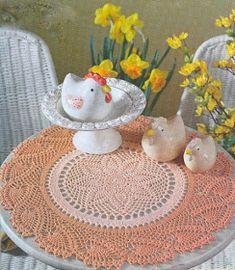 Háčkovanie pletenie remesiel: farebné okrúhly biely