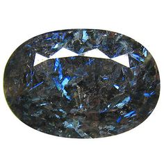 61-36Ct-UNIQUE-COLLECTION-BLACK-WITH-IRIDESCENT-BLUE-FLASH-NUUMITE-GREENLAND