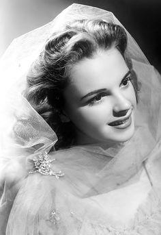 """Judy Garland by Eric Carpenter, publicity still for """"Ziegfield Girl"""" (1941)."""