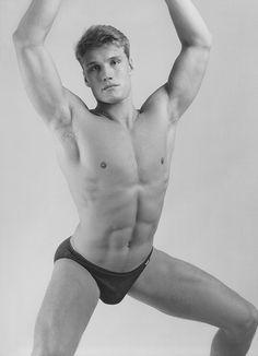homosexualité masculine gay art peinture photographie homme nu nudité masculine vidéo histoire culture dessin homosexuel