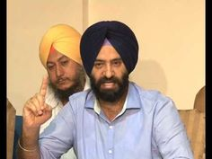 """Delhi Sikh Gurdwara Management Committee (DSGMC) chief Manjinder Singh Sirsa on Friday slammed Aam Aadmi Party (AAP) state convener Sucha Singh Chhotepur for claiming party national convener Arvind Kejriwal was """"insulted"""" on being shown dressed as a 'nihang' on a magazine cover. #punjabnews #punjab #news #government   http://thepunjabnews.in/news/dsgmc-chief-manjinder-singh-sirsa-demands-kejri-chhotepur-s-apology-"""