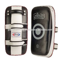 Low Price Hot Selling Thai Kick Boxing Strike Curved Arm Pad MMA Focus Muay Punch Shield Mitt / Boxing Gear and Apparels