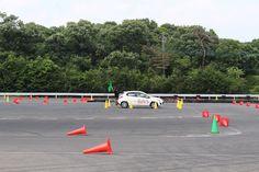 テクニックより正確さ?が求められる新しいタイプのモータースポーツ競技です。 本競技会に出場すると国内Bライセンスの申請ができます! あなたもこれでレーサーの仲間入りかも(^_-)