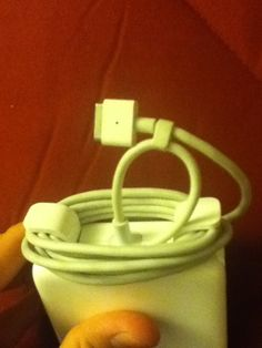 How to Properly Put Away a MacBook Charger