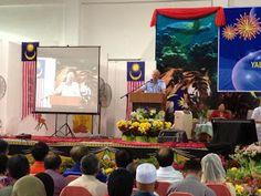 PM Menjanjikan Peruntukan Untuk Pembaharuan Bangunan Sekolah SJKC Chung Hua Tudan dalam Majlis Perasmian SJKC Chung Hua Tudan, Miri, Sarawak pada 20 Feb 2013