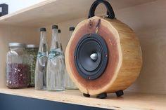 Rockit Logs - портативные дизайнерские колонки из натурального кедра