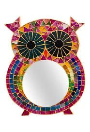 This hippie mosaic mirror is a real hoot! Featuring a mosaic of multicolour tiles, this colourful mirror in the shape of an owl will bring your wall to life. Rose Vase, Flower Vases, Ceramic Flowers, Ceramic Vase, Mirror Mosaic, Mirrored Furniture, Turquoise Beads, Owl, Shapes