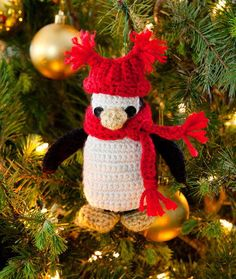 Pipsqueak Penguin Ornament By: Nancy Anderson for redheart.com 2015-07-23 14:55:15 (1 Votes) 0 Comments