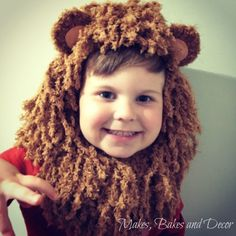 A super easy tutorial to make a DIY Lion costume. This step by step tutorial would be great for a Halloween costume or a fancy dress party! Halloween Costumes Kids Homemade, Halloween Crafts For Kids, Diy Halloween Decorations, Halloween Diy, Halloween 2017, Wizard Of Oz Lion, World Book Day Costumes, Costume Tutorial, Costume Patterns