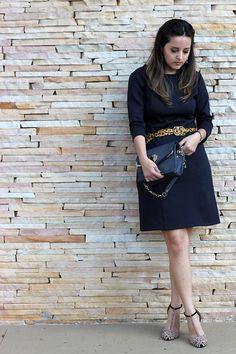 Look do dia | blog Sim, Senhorita | Camila Gomes | Vestido Plural, bolsa e sandália Zara, Brincos Pret-a-Porter, cinto Maria Carlota