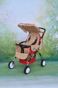 Summer stroller for a doll baby in a scale of 6 / Stroller for a Barbie doll, Blythe / Toy stro Barbie Dolls Diy, Diy Doll, Strollers For Dolls, Baby Strollers, Dollhouse Toys, Dollhouse Miniatures, Baby Prams, Baby Carriage, Barbie House