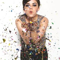 It's mark. girl Brand Ambassador Lucy Hale's 25th Birthday! To celebrate, we're offering 25% off your $60 mark order with code: BDAY25! Shop here: http://klanier.avonrepresentative.com