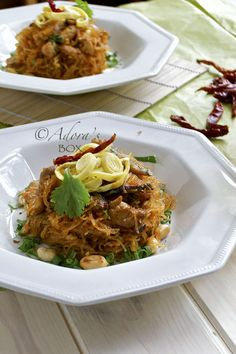 ADORA's Box: KUNG PAO CHICKEN ON GLASS NOODLES