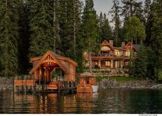 Dream House: The Eagles Nest in Lake Tahoe photos 2019 Dream House: The Eagle's Nest in Lake Tahoe photos) Suburban Men August 9 2016 The post Dream House: The Eagles Nest in Lake Tahoe photos 2019 appeared first on Architecture Decor. Lake Tahoe Houses, Rustic Lake Houses, Rustic Homes, Lago Tahoe, Casas Country, Le Colorado, Cabinet D Architecture, Haus Am See, Cabin In The Woods