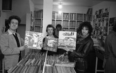The Clash photographed by Bruno Blum at a local Record Store in Camden, 1978 Joe Strummer, The Clash, Topper Headon, The Future Is Unwritten, Blitz Kids, Mick Jones, Soft Cell, Jerry Lee, Stranger Things Steve