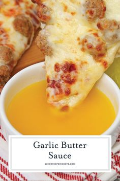 Best Garlic Butter Sauce Recipe - Dipping Sauce for Pizza - If you've ever wondered how to make garlic butter sauce, wonder no more. This recipe is just like the Papa John's dipping sauce for pizza or breadsticks! Garlic Sauce For Pizza, Make Garlic Butter, Garlic Dipping Sauces, Garlic Butter Dipping Sauce Recipe, Garlic Butter Spread, Flavored Butter, Butter Recipe, Chimichurri, Lobster Butter Sauce