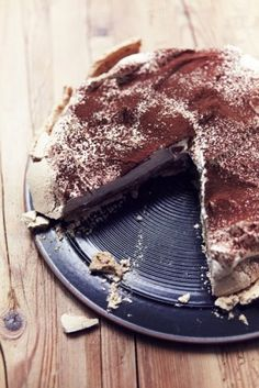 Nigella's cappuccino pavlova recipe from the Christmas special (or 'cap-pav as she called it)