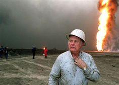 Photo taken 11 November 1991 Red Adair, oil-well firefighter, dies at 89