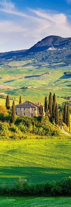 Tuscany - A round trip to the most beautiful places - Julia Trenckner - Reisen In Europa, Round Trip, Travel Goals, Verona, Italy Travel, Land Scape, Travel Photos, Travel Inspiration, Travel Photography