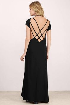 Designed by Tobi. The Dayna Maxi Dress is easy to throw on and gives a soft and breezy effect. Featuring a low scooped neck and open back with multipl
