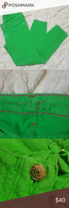 Kate Spade Green Skinny Jeans Size 27 Perfect for St Patrick's day or any day! These skinnies are a really fun and unique green color with a few gold metal accents including the button, rivets and a spade on the back pocket. these have a 24-25 inch inseam as seen on the fifth picture. The sixth picture shows a very small mark on the leg. kate spade Jeans Skinny