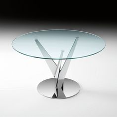 Table with clear round glass top and chrome base Dimension: ... gift from The Wedery