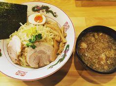 今日のお昼はつけ麺  #喜多方 #らーめん #つけ麺 #ゆずがいい感じ #おいしかった  #パパににて息子もらーめん好き by hiroko154