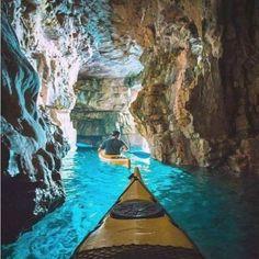 クロアチア、プアでカヤッキング Never had a desire to go to Croatia . This changes things a bit. (Cave kayaking in Pula, Croatia) Best Honeymoon Destinations, Dream Vacations, Travel Destinations, Vacation Places, Amazing Destinations, Winter Destinations, Fun Places To Travel, Time Travel, Japan Honeymoon