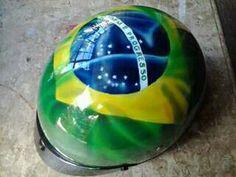 Capacete do Brasil aerografado na Oficina Harrison Kustom