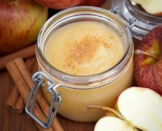 This Apple Compote recipe reminds me of Mamie. She used to grow rhubarb in her garden and would trade for a few apples at the market. Slow Cooker Apples, Slow Cooker Recipes, Crockpot Recipes, Cooking Recipes, Apple Recipes, Fall Recipes, Apple Compote Recipe, Sauce Anglaise, Sauces