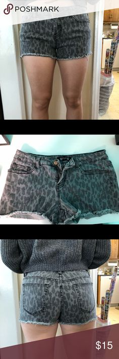 Gray Leopard Denim Shorts Gray Leopard Denim Shorts. Gray leopard denim shorts bought from Forever 21. Only worn a handful of times. Size 27 (which I think is a size 8 normally).  … #leopardprint #leopard #shorts #forever21 #denimshorts Forever 21 Shorts